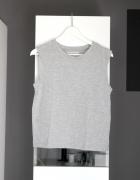 top bluzka bluzeczka bez rękawów basic basicowa szara klasyczna półgolf even odd