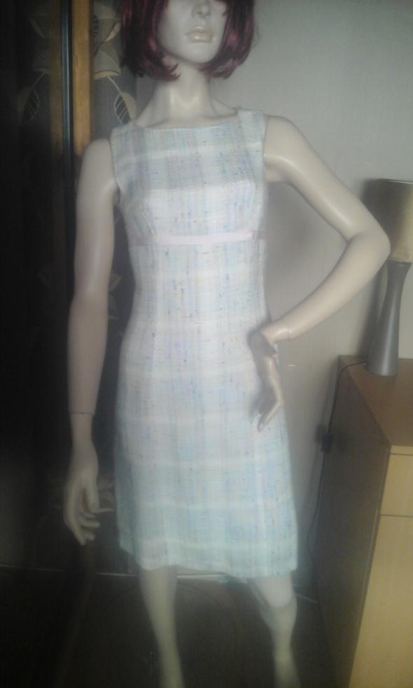 Sukienka na podszewce