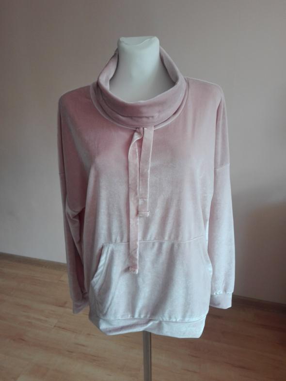 bluza sportowa...