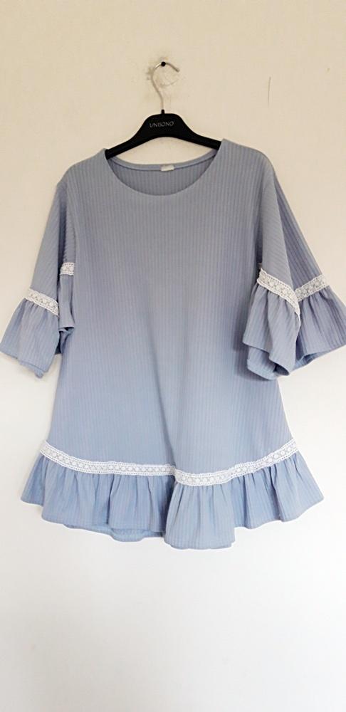 błękitna bluzka 46