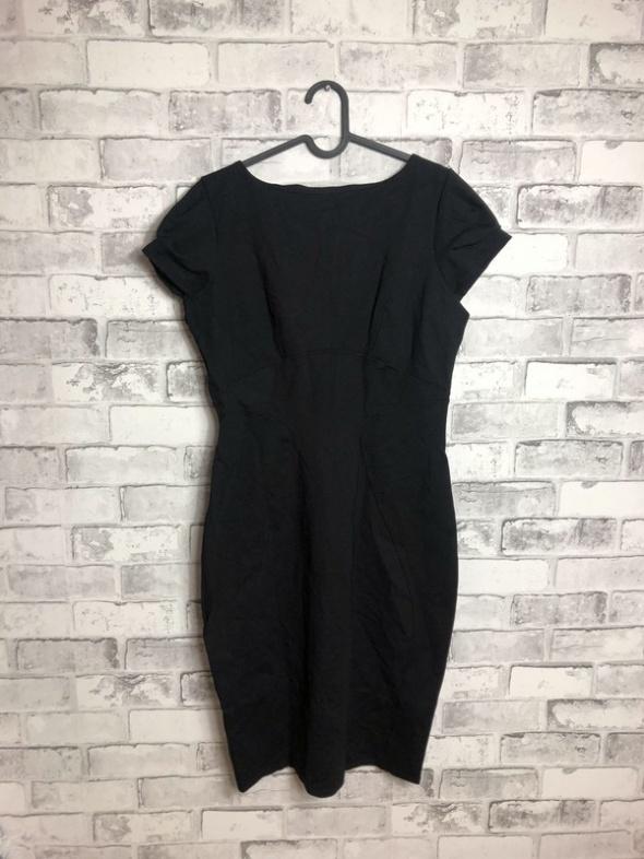 Suknie i sukienki Closet Ołówkowa Sukienka Midi 42 XL
