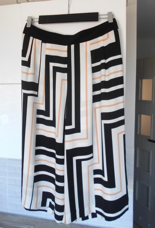 River Island nowe spodnie culotte wzory luźne...
