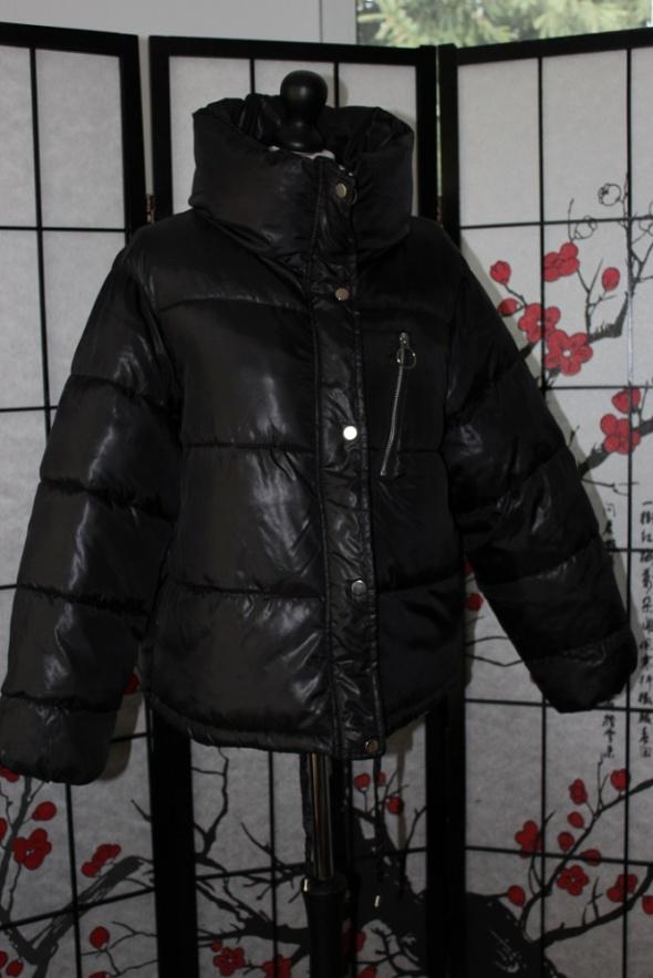 kurtka puchówka czarna pikowana gruba ciepła zimowa