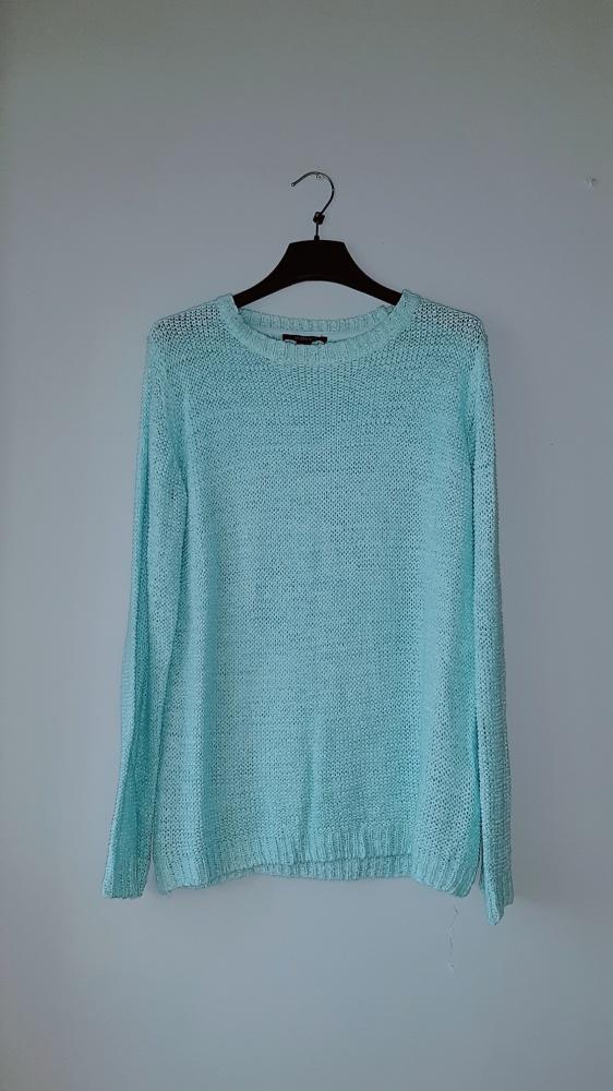 Idealny miętowy turkusowy sweterek M