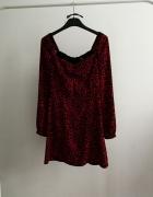 Sukienka czerwona print pantera Bershka długi rękaw...