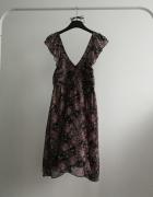 Sukienka szyfonowa w kwiaty z dekoltem...