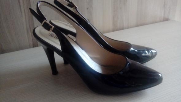 eleganckie czarne szpilki r 40