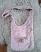 Różowa torba nici...