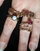 Zestaw 5 pierścionków w kolorze złota...
