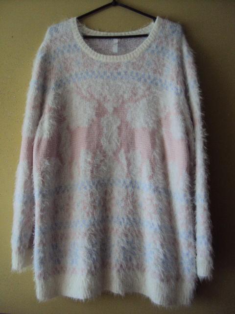 puchaty sweterek w pastelach