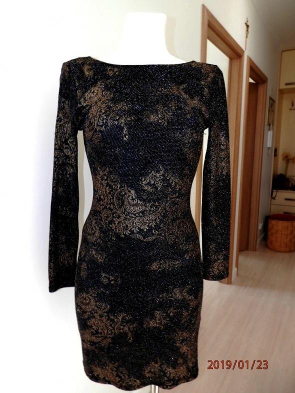 Sukienka Czarna ze Złotymi Zdobieniami Dopasowana Ołówkowa Modne Plecy Miss Selfridge L