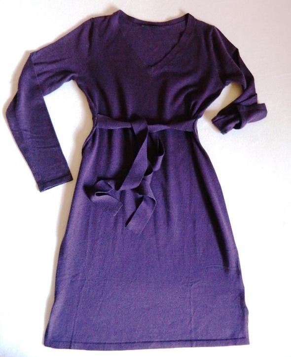 Fioletowa sukienka z paskiem lekka dzianina 40 i 42