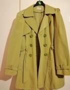 Zielony płaszcz...