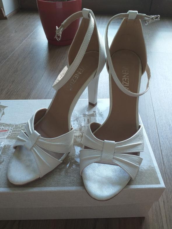 Nowe buty ślubne Venezia r38
