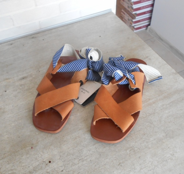 Zara nowe skórzane sandały karmelowe skóra paski wiązane sznurowane