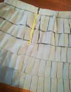 Szara falbaniasta spódnica w rozmiarze XL