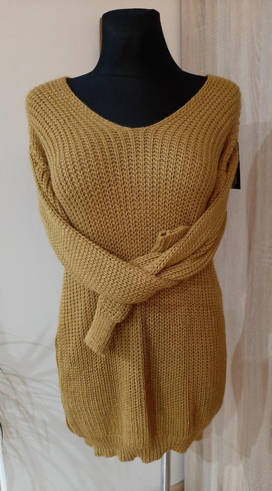Musztardowa sukienka sweterkowa