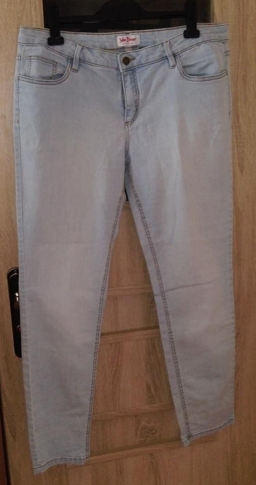 Świetne spodnie 44