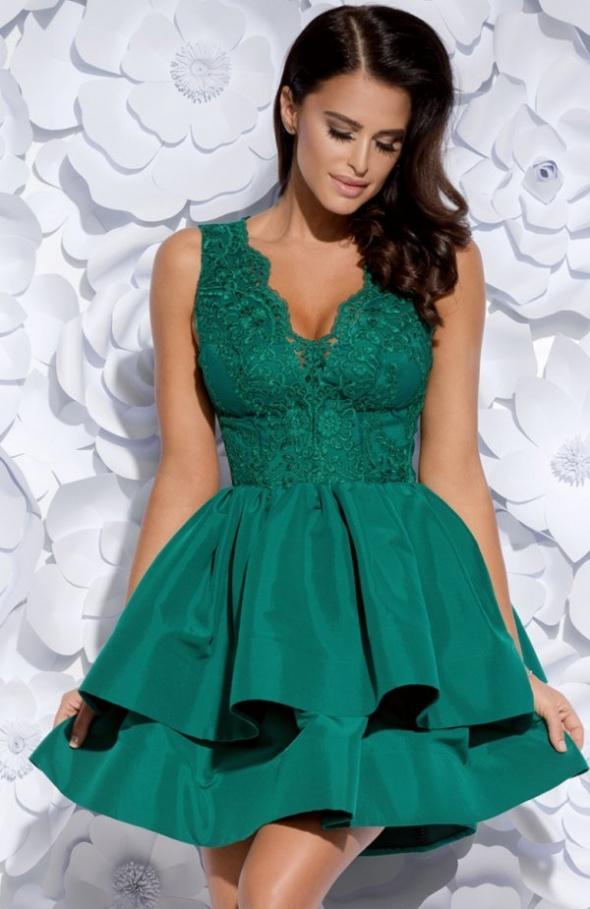 Suknie i sukienki Sukienka balowa z koronką i falbanami marki Bicotone cudna zieleń