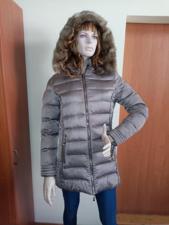 Komplet kurtka zimowa czapka szal rękawiczki