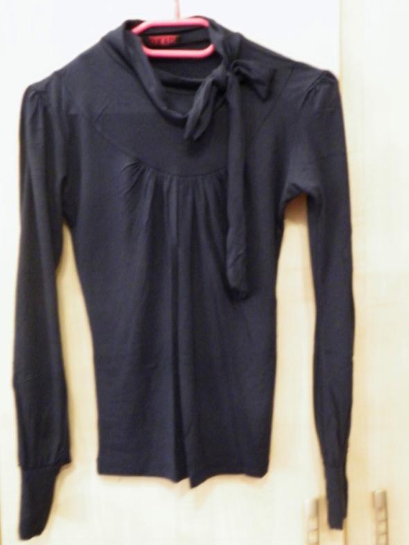 Bluzka z długim rękawem elegancka