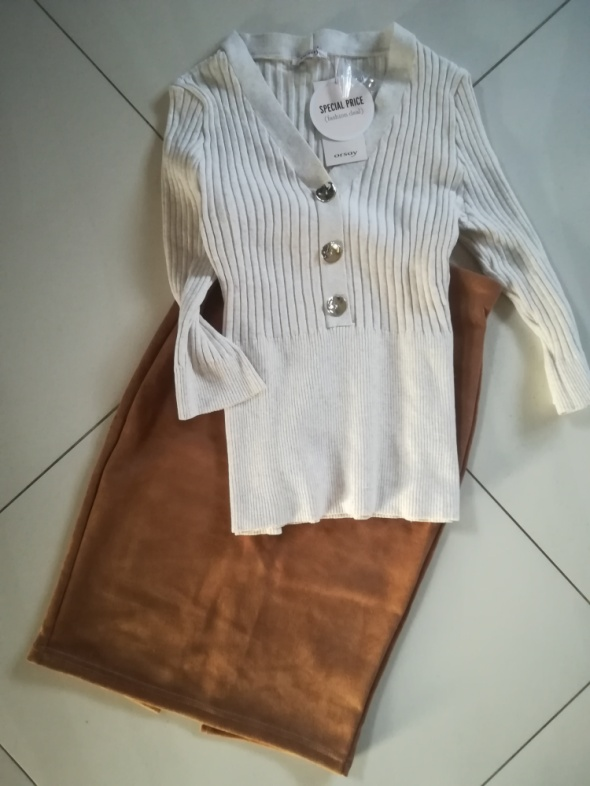 Bluzka sweterek M L Orsay Nowa...