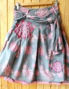 spódnica rozkloszowana xs 34 szara różowa kwiaty...