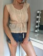 Pudrowa bluzka top hafty H&M romatyczna rustykalna koszula bask...