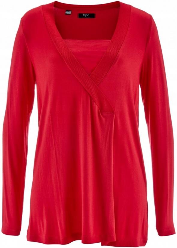 Czerwona luźna bluzka z kontrafałdą...