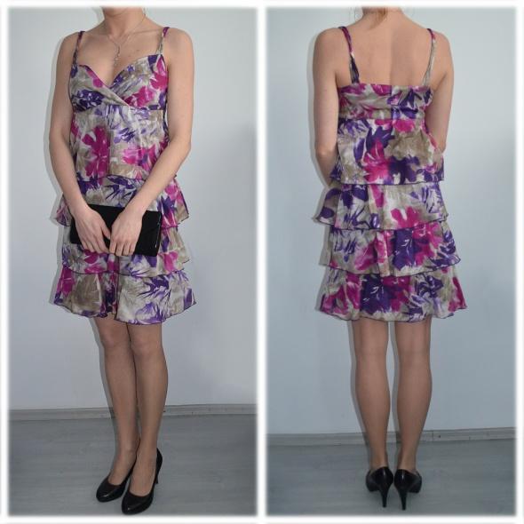 Sukienka w kwiaty RESERVED rozmiar 34