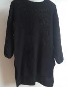 Czarny sweter z dłuższym tyłem bufiaste rękawy nowy...