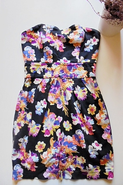 Suknie i sukienki wielobarwna sukienka w kwiaty floral 36