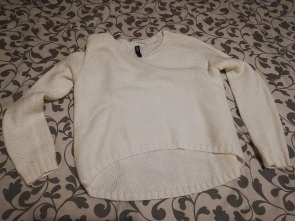 Swetry Swetr Biały Ecru dłuższy tył