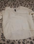 Swetr Biały Ecru dłuższy tył