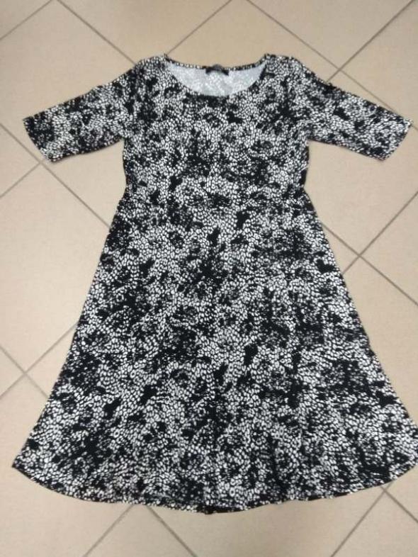 Sukienka czarno biała George 42 XL...