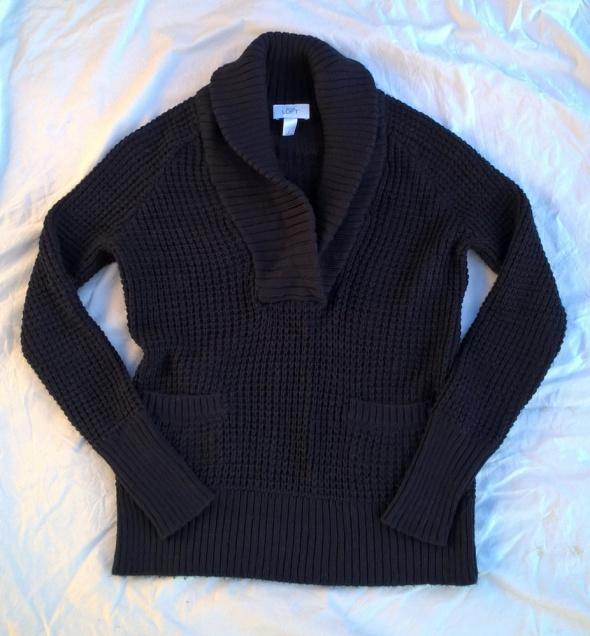 Fajny ciepły sweterek z wełną