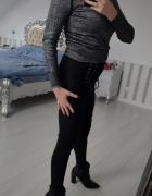 Mega krótszy sweterek ze srebrną nitką stalowy...