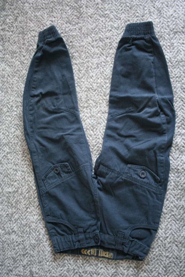 Spodnie i spodenki Spodnie granatowe joggery REBEL 110 116