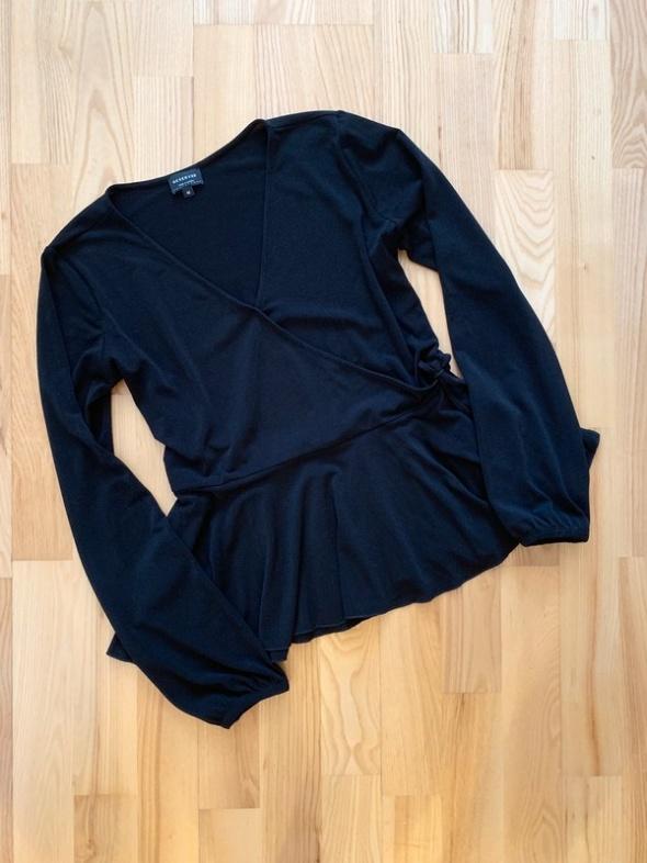 Reserved czarna bluzka elegancka baskinka M