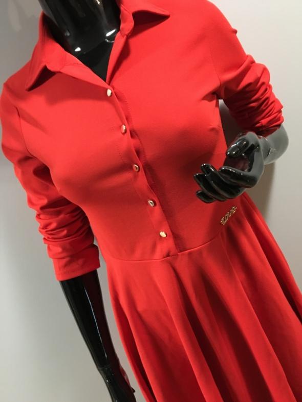 Nowa sukienka wyprzedaż sklepowa