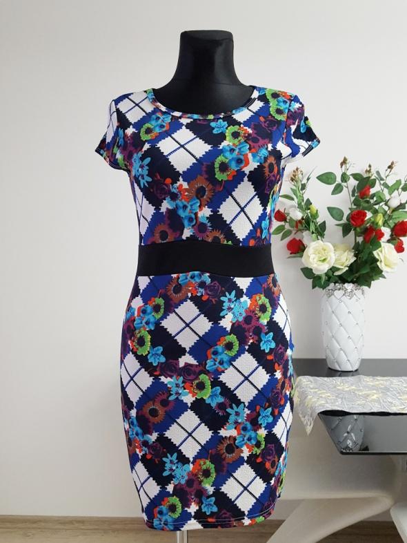 kolorowa sukienka Indulgence