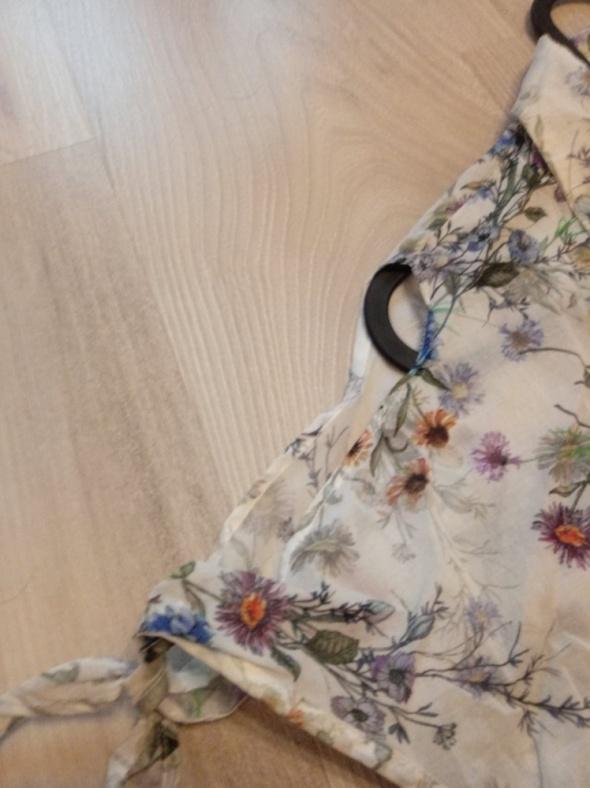 Bluzki Koszula w kwiaty z wycięciami na ramionach Orsay