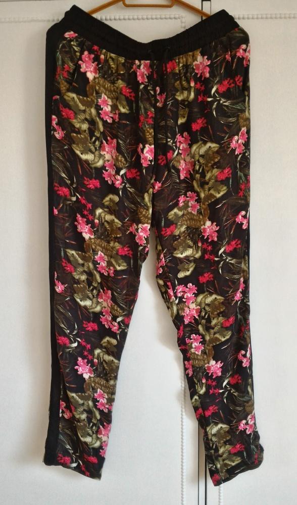 Nowe spodnie haremki Cropp L 40 wzór kwiaty floral