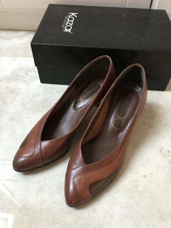 Skórzane brązowe buty czółenka...