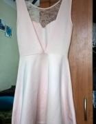 pudrowa sukienka pianka koronka S XS