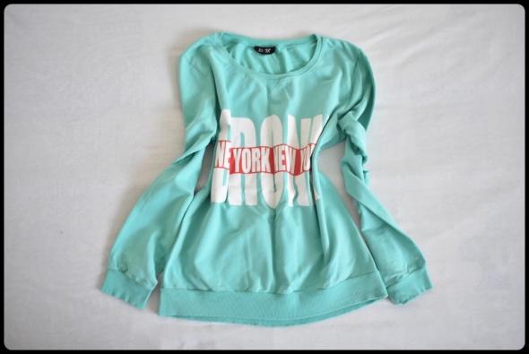 Miętowa bluza z nadrukiem ESTA pastelowe barwy...