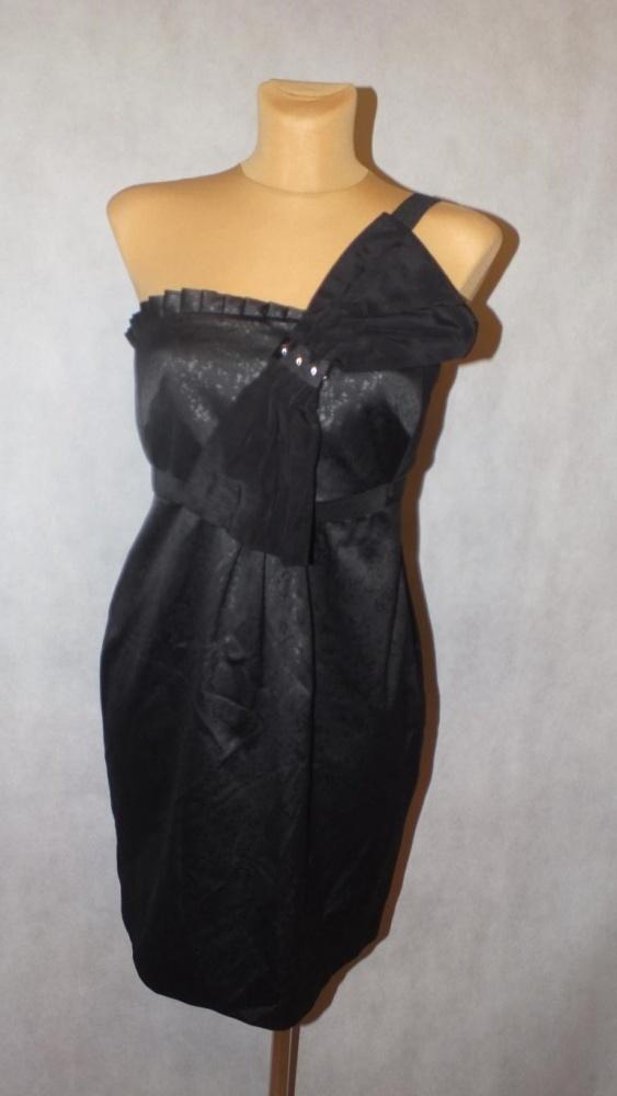Czarna sukienka z kokardą RI Rozmiar 34