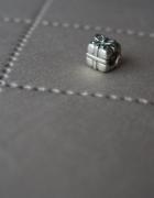 Oryginalny charms srebrny Pandora prezent...