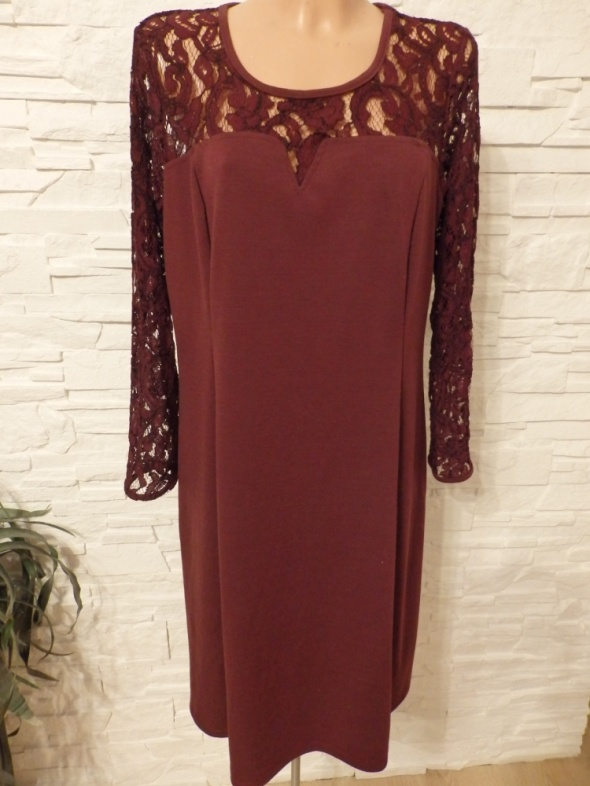 Sukienka burgundowa