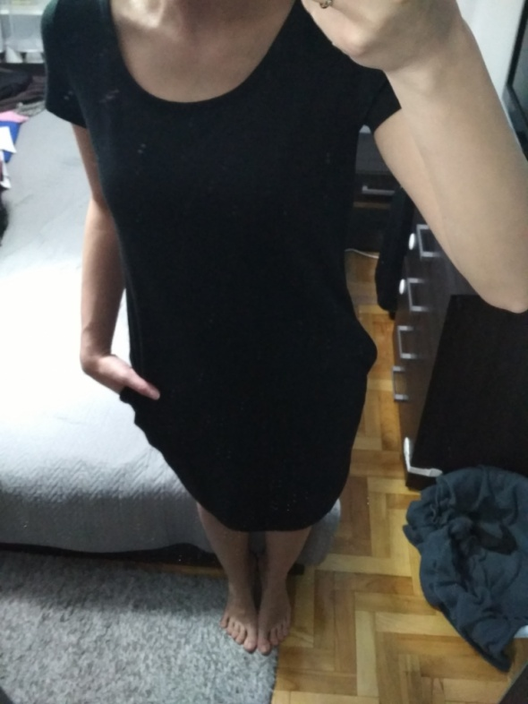 czarna sukienka kieszenie...